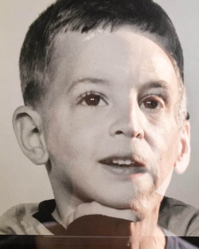 Weinberg_Inner Child_15x12_photograph